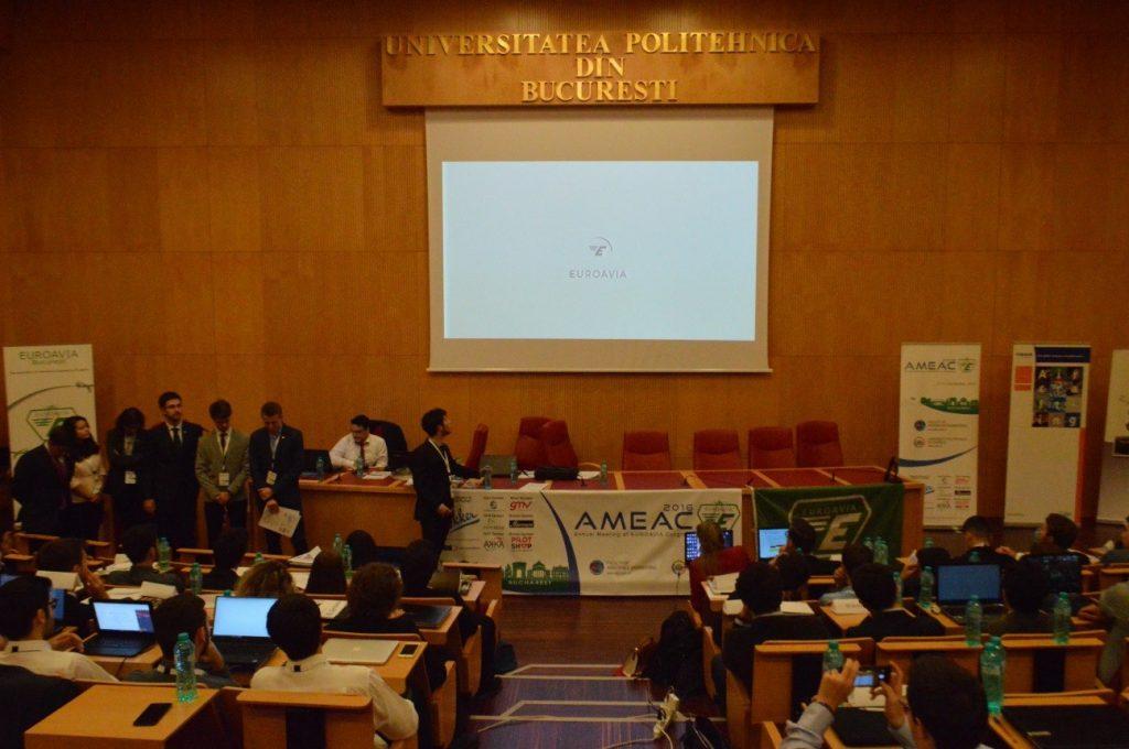 Presentación y votación del Corporate Identity Renewal